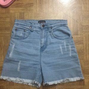 Hip shorts 😌💫💫